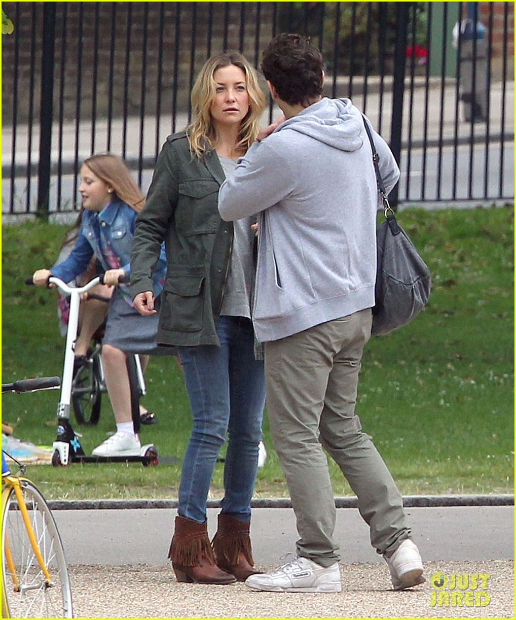james franco kate hudson run wild for good people 092902623