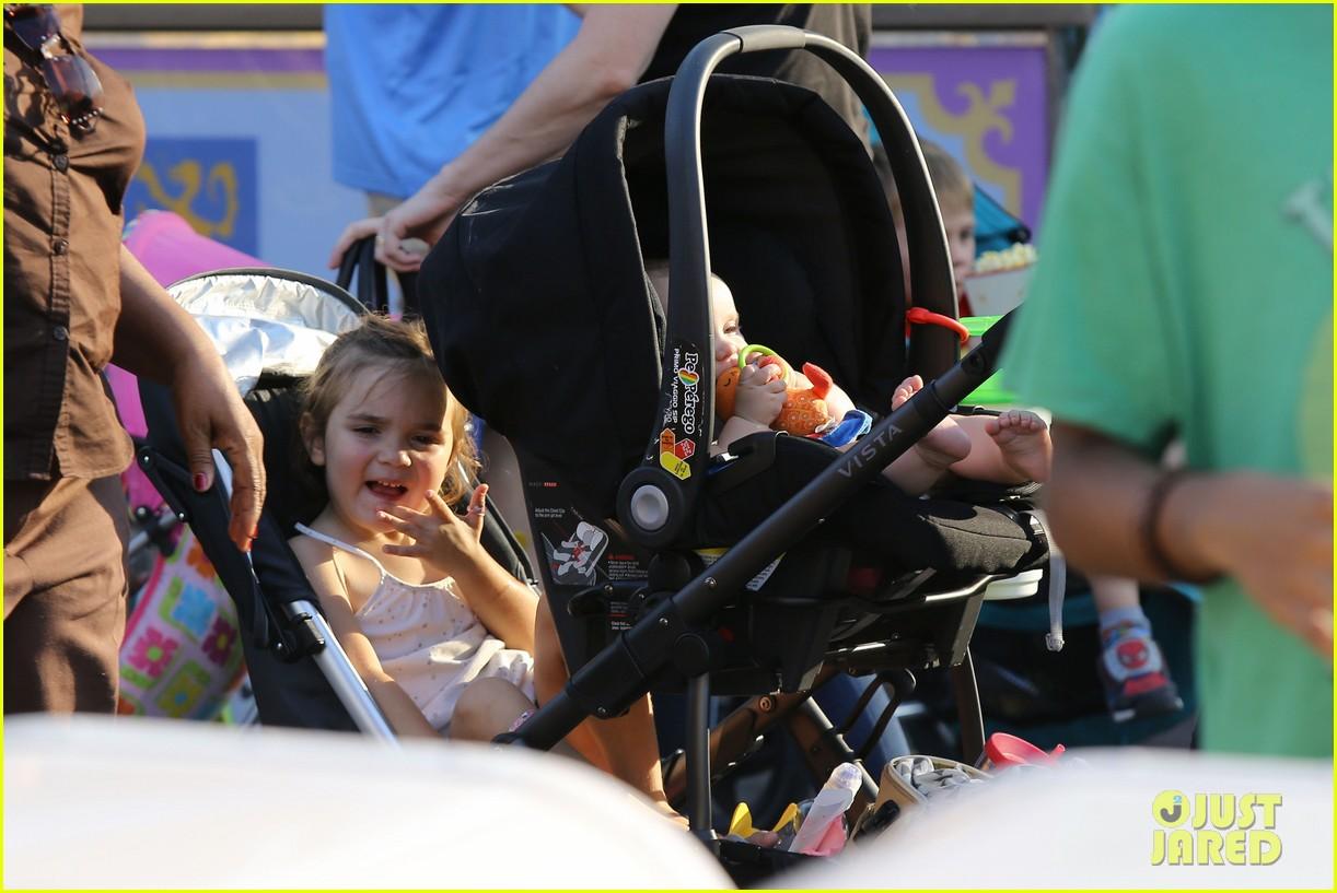 cam gigandet debuts baby rekker on family disney trip 18
