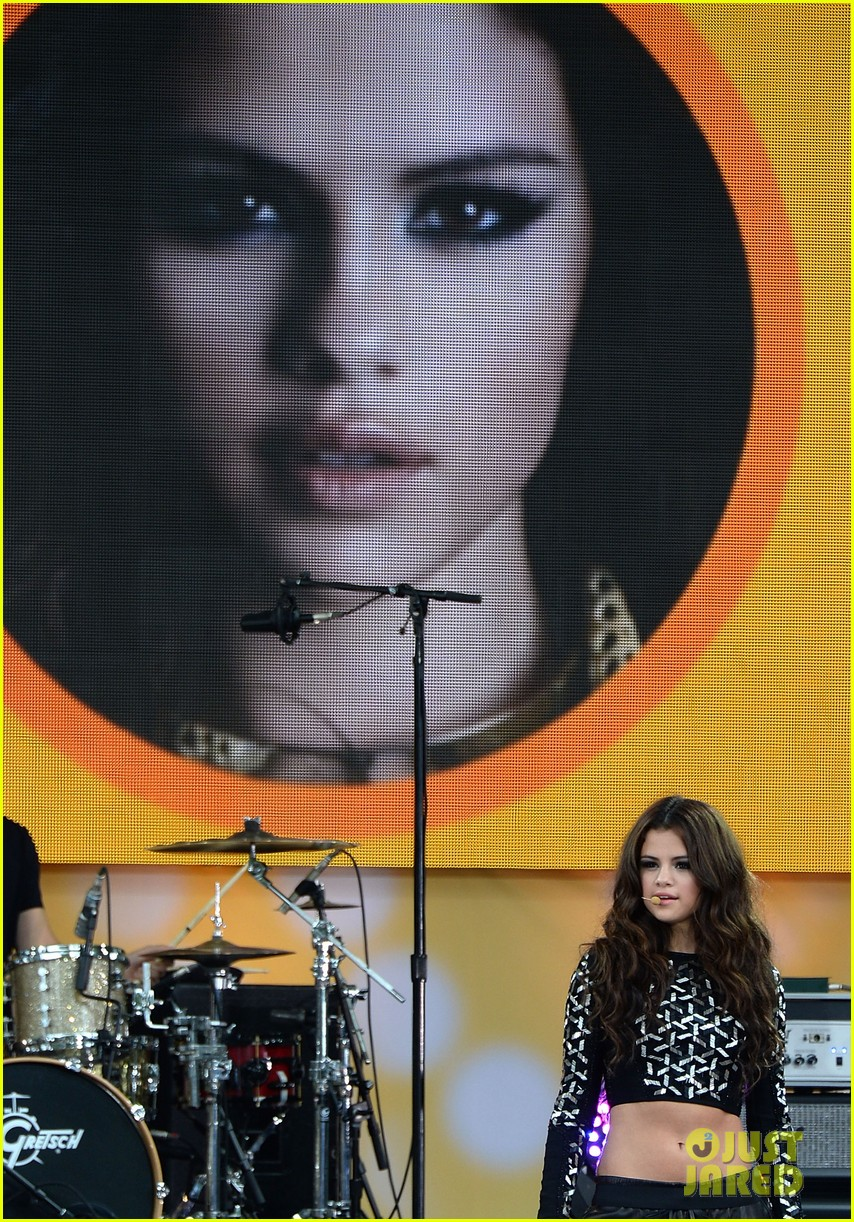 selena gomez good morning america concert 082917368