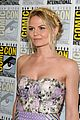 ginnifer goodwin jennifer morrison once upon  atime comic con panel 07