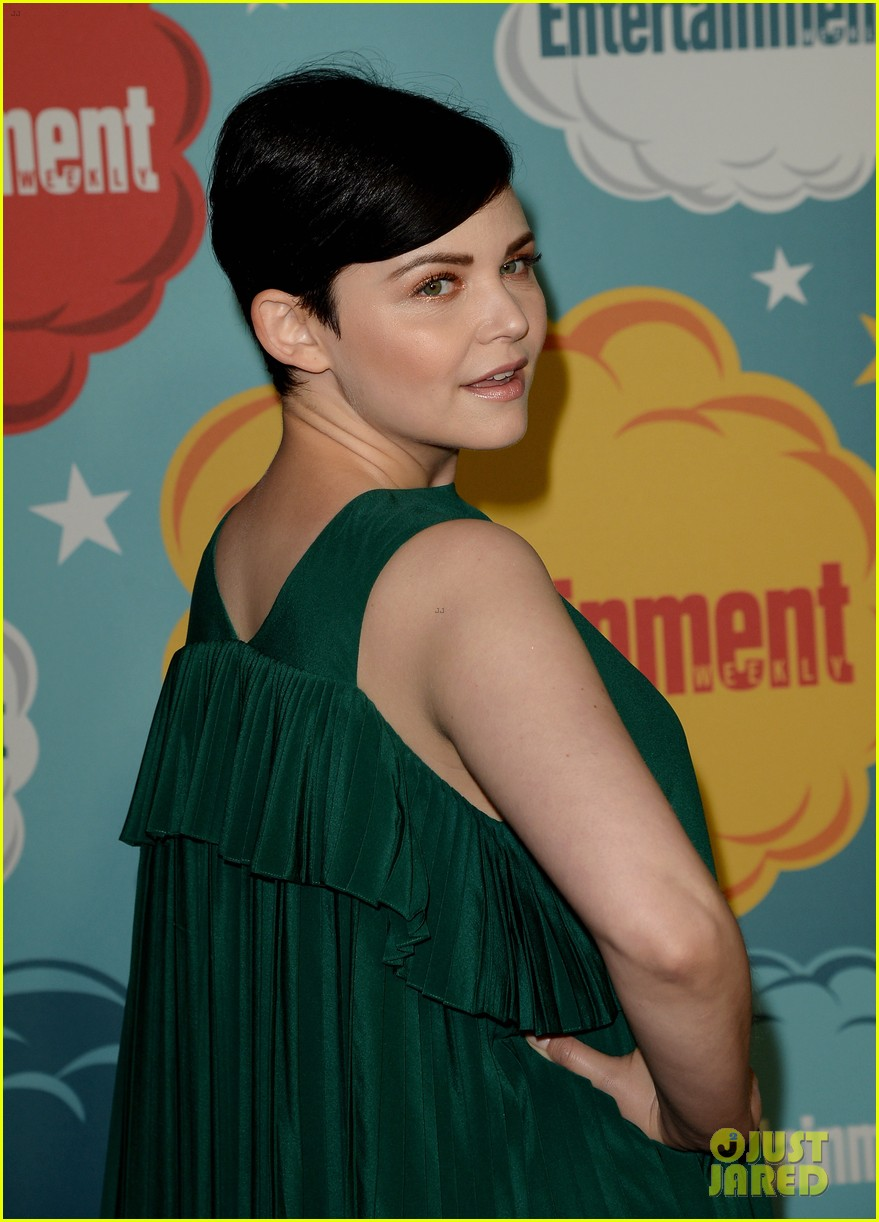 ginnifer goodwin josh dallas once at ew comic con party 202913672
