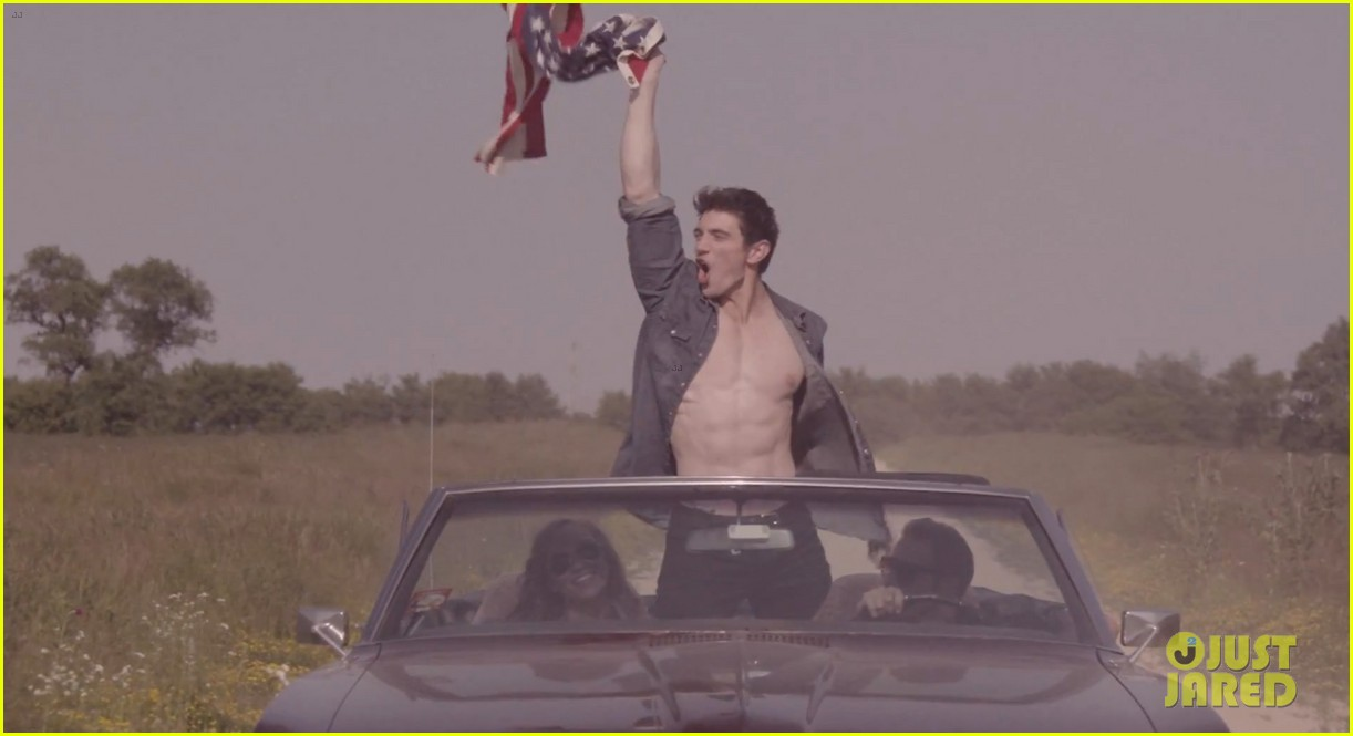 steve grand shirtless for all american boy music video 022904194