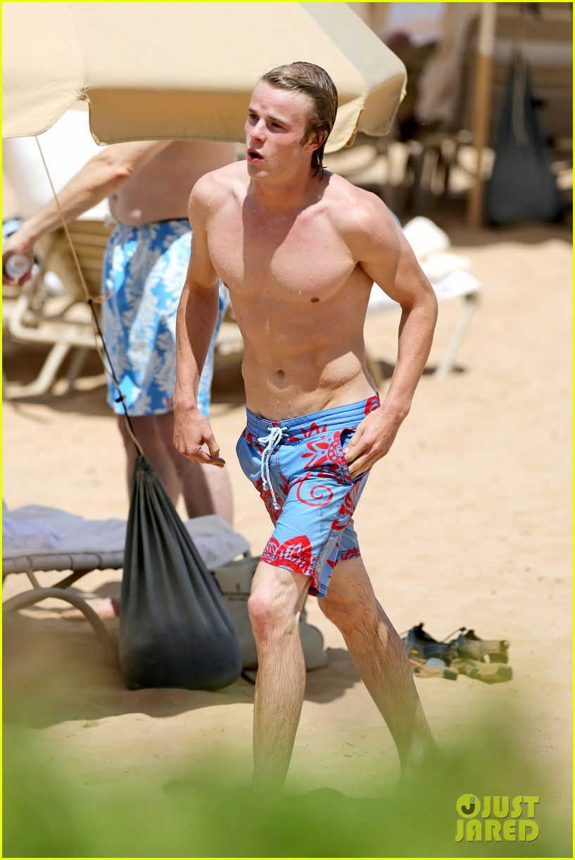 lucy hale more beach fun with shirtless graham rogers 21