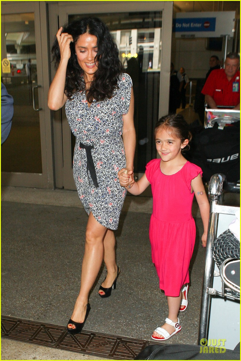 salma hayek valentina lax arrival before grown up 2 promotion 01