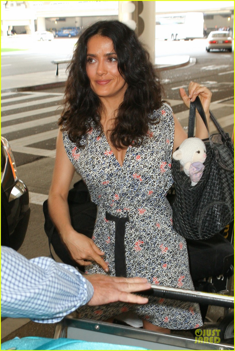 salma hayek valentina lax arrival before grown up 2 promotion 022902397