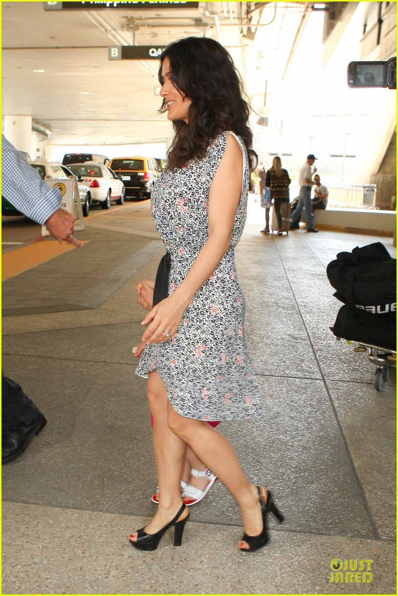 salma hayek valentina lax arrival before grown up 2 promotion 11