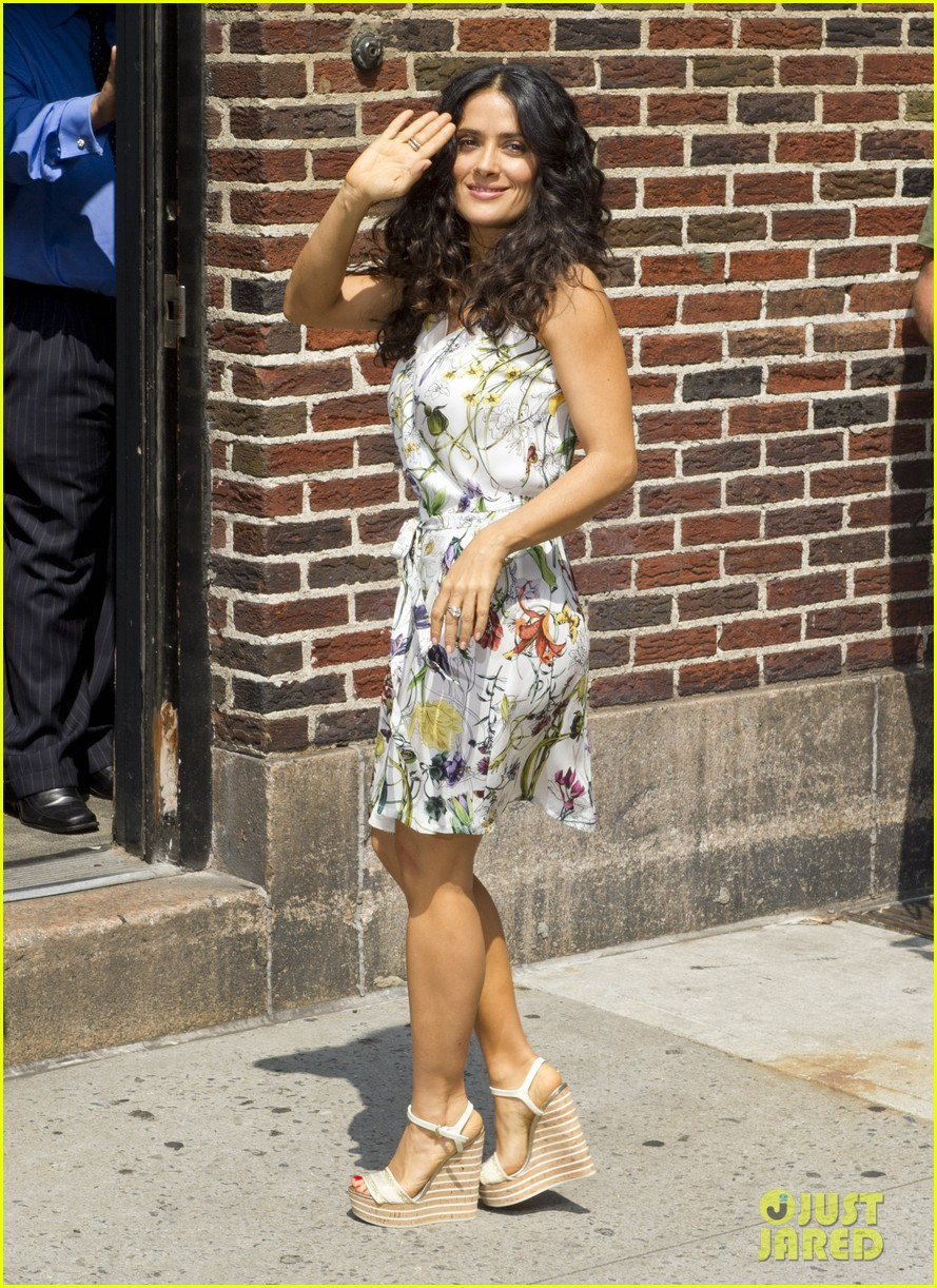 salma hayek adam sandler promote grown ups 2 before premiere 052907279