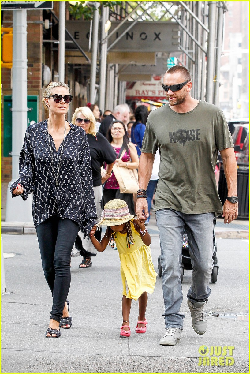 heidi klum martin kirsten spider man on broadway with the kids 222907376