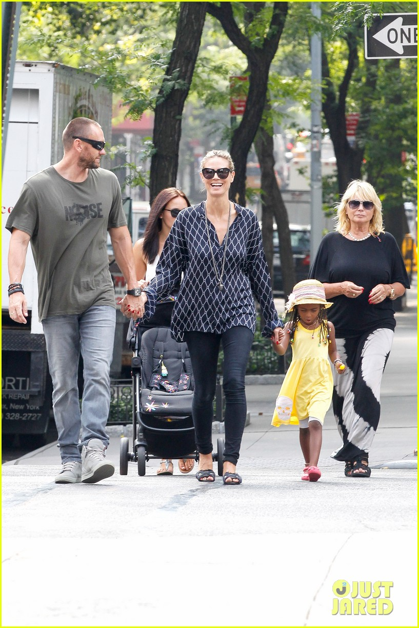 heidi klum martin kirsten spider man on broadway with the kids 332907387