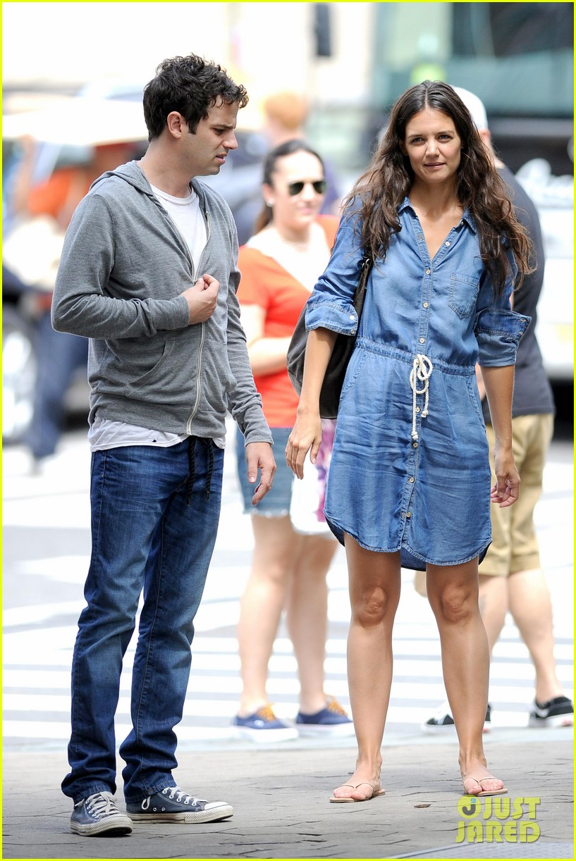katie holmes luke kirby back to work on mania days 042915213