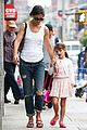 katie holmes outfit change after suri gymnastics class 12