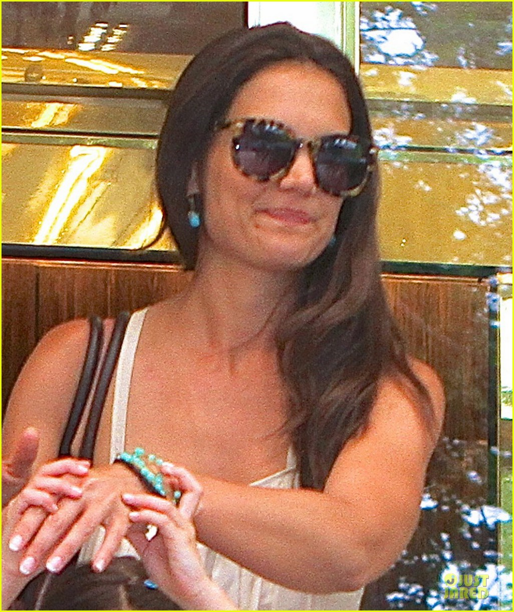 katie holmes suri nyc play date after july 4th weekend 02