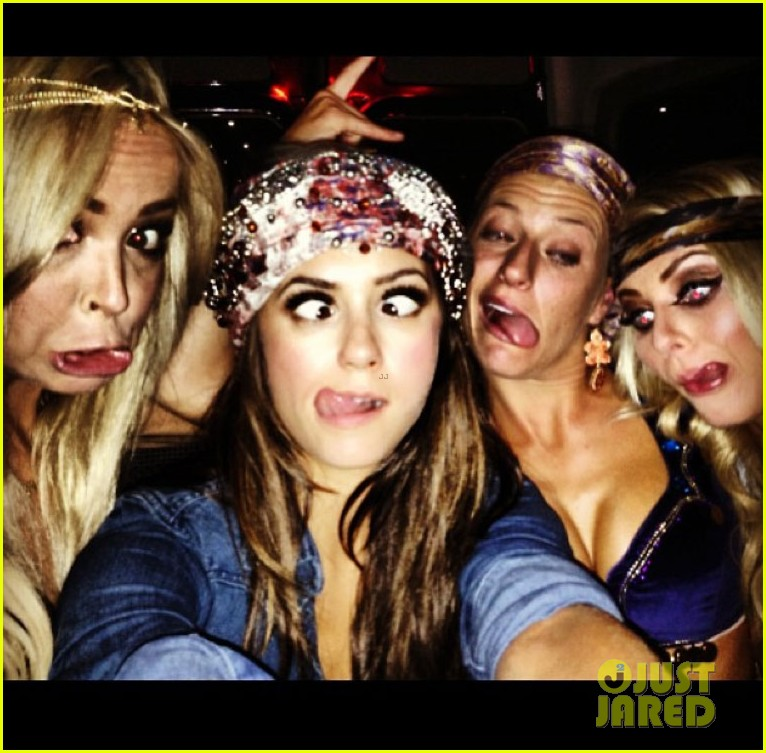 julianne hough nina dobrev party bus for selena gomez birthday 05