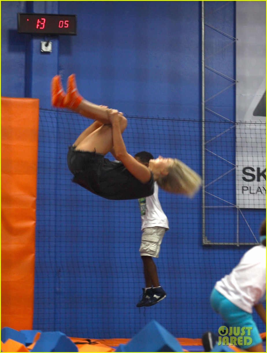 julianne hough tumbles in the air at trampoline park 162908440