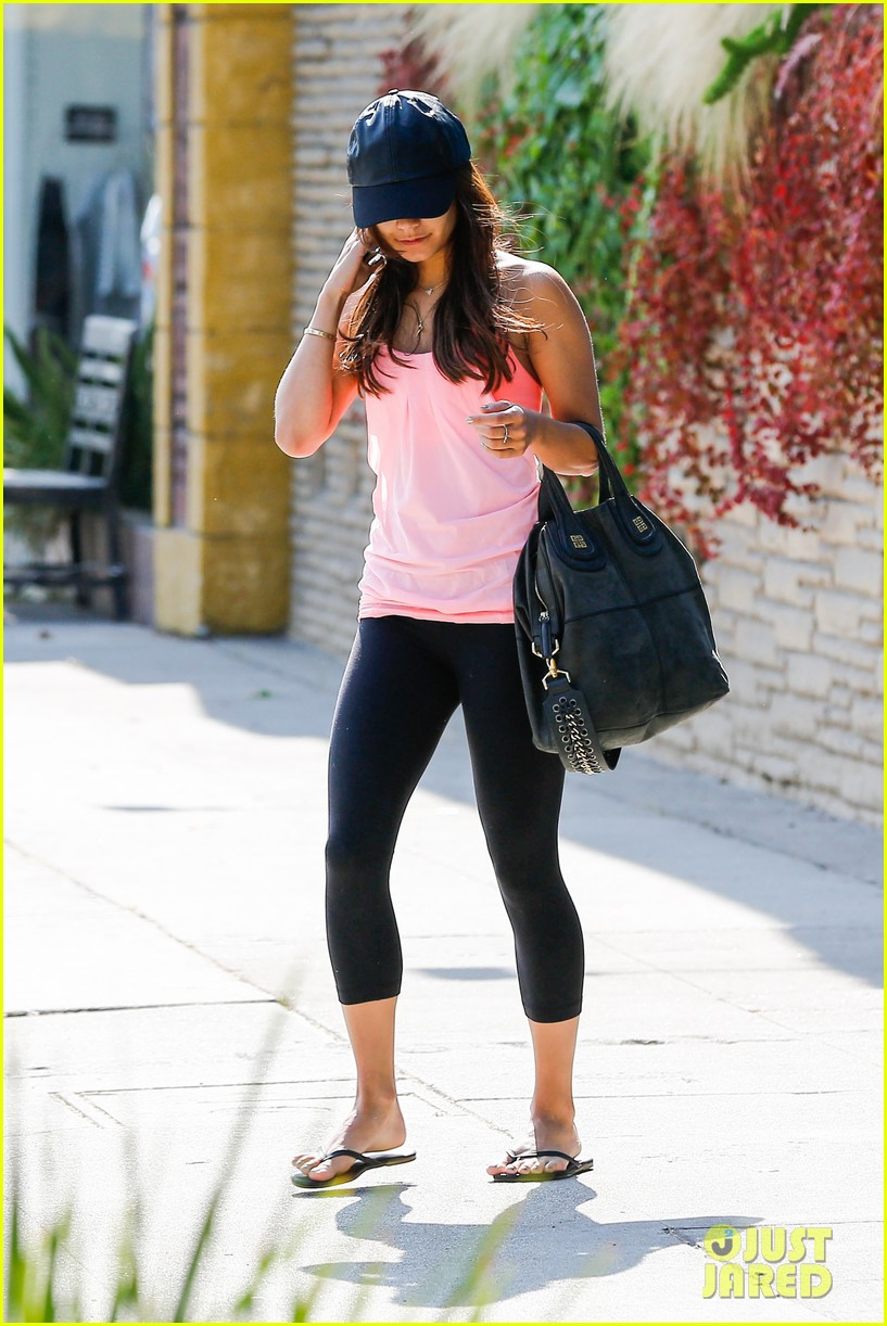 vanessa hudgens happy birthday ashley tisdale 072903220