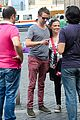 kate hudson matt bellamy fan friendly in rome 16