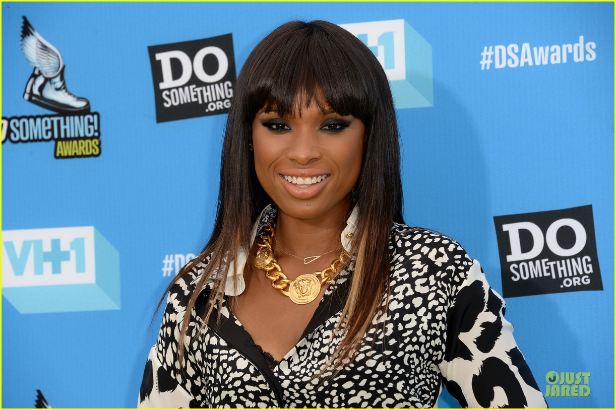 jennifer hudson kelly osbourne do something awards honorees 09