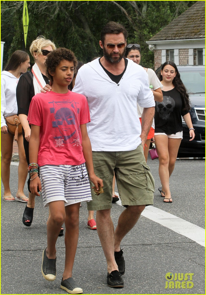 hugh jackman hangs with family wolverine hits theaters 03