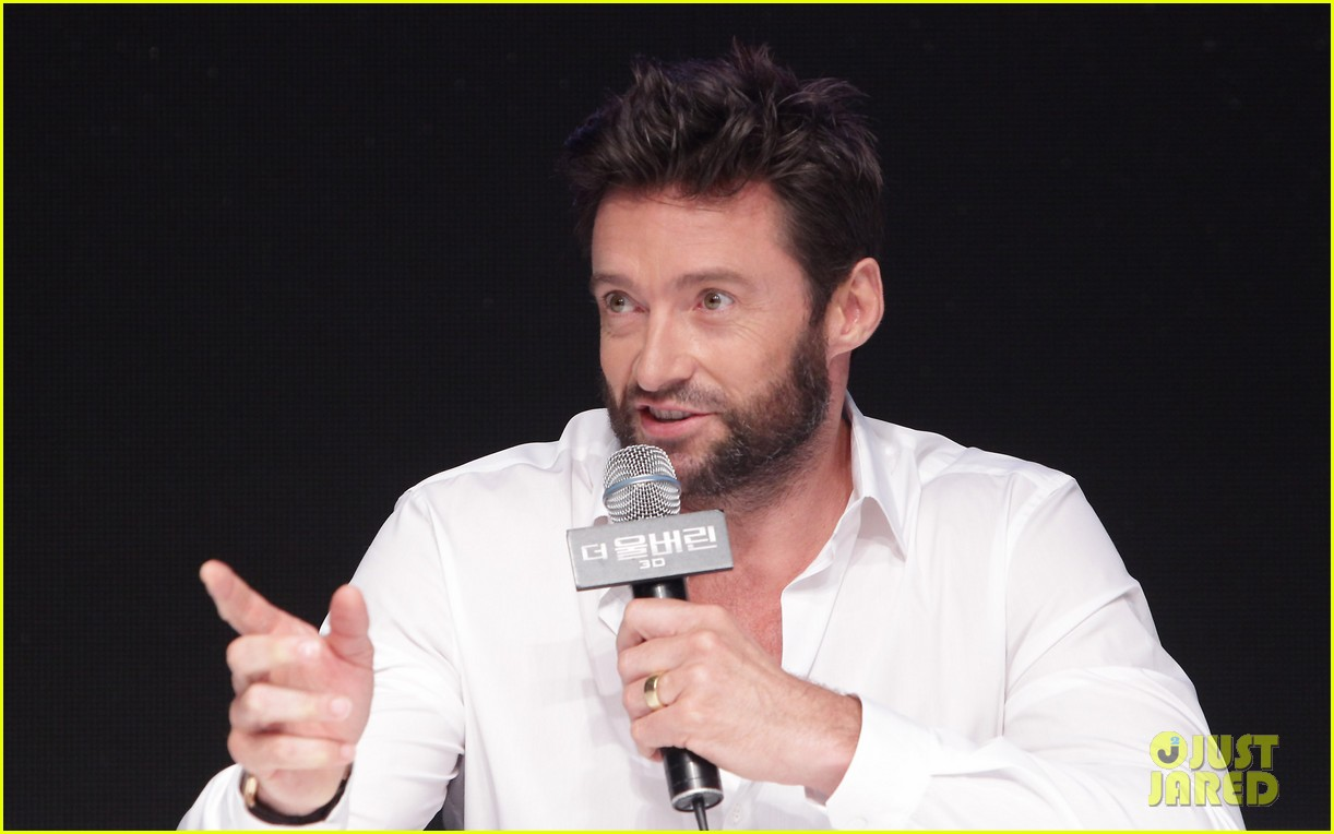hugh jackman wolverine press conference in seoul 21