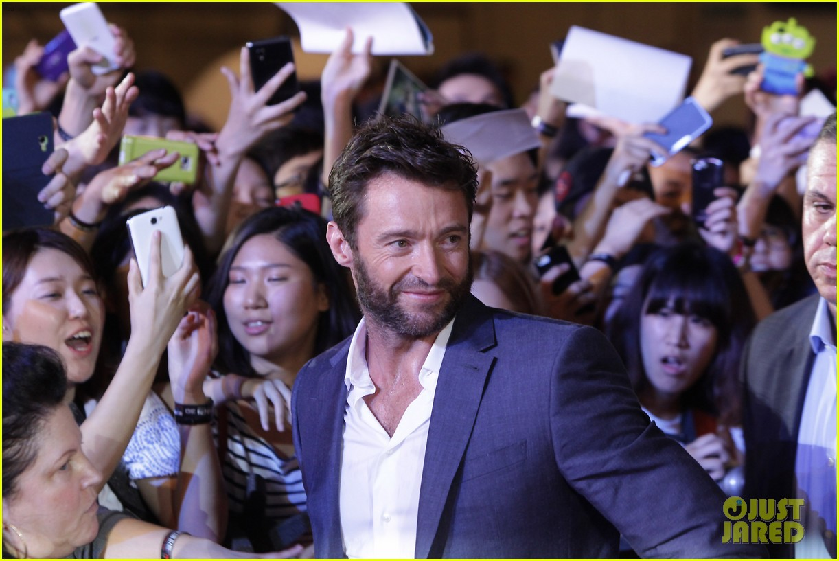 hugh jackman the wolverine south korea premiere 05