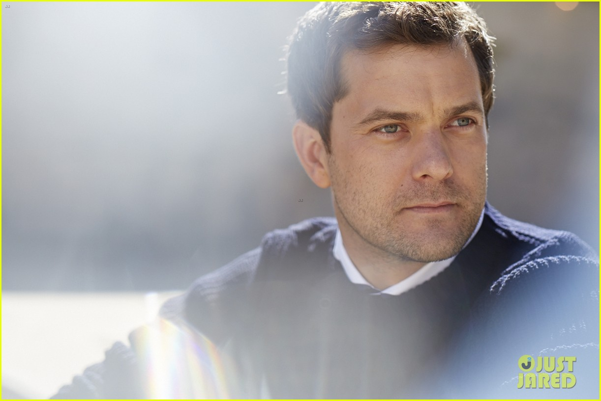 joshua jackson mr porter fashion feature 012920205