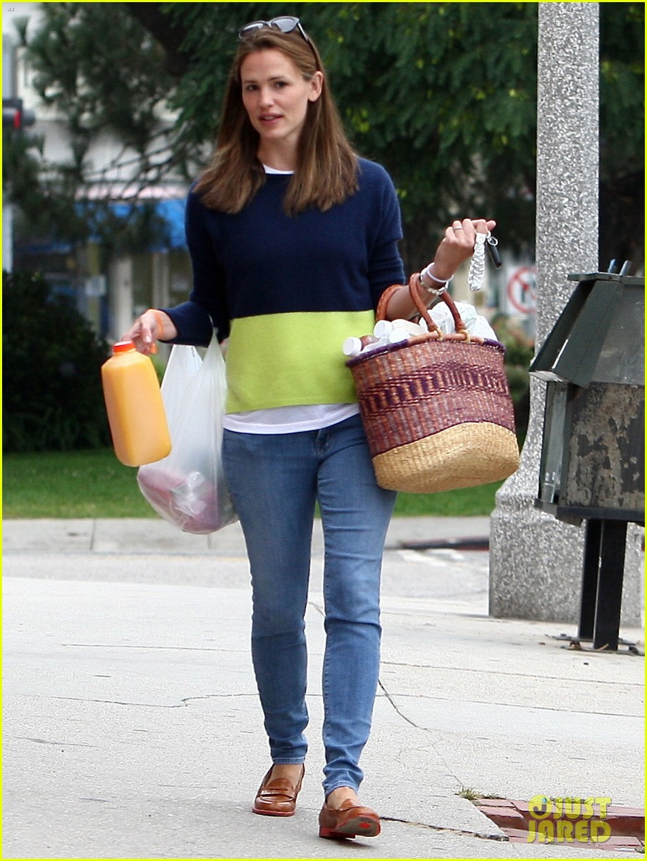 jennifer garner mother daughter morning with violet 04