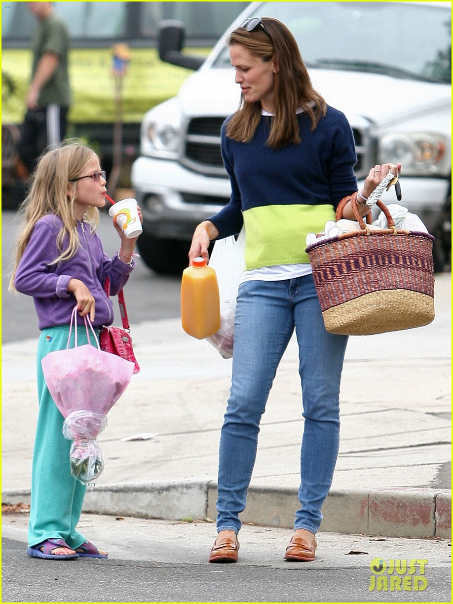 jennifer garner mother daughter morning with violet 09