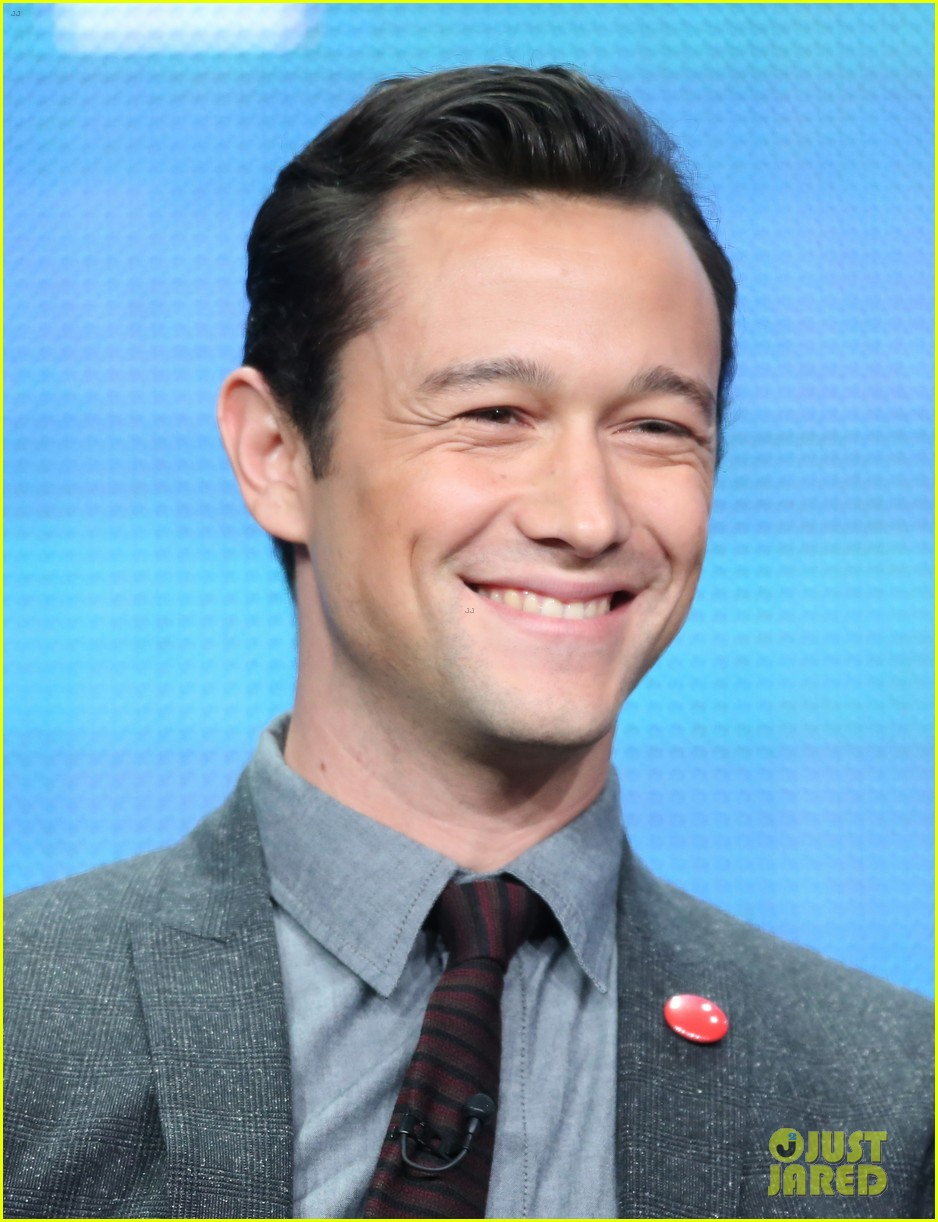 joseph gordon levitt pilot presentation at the tca tour 01