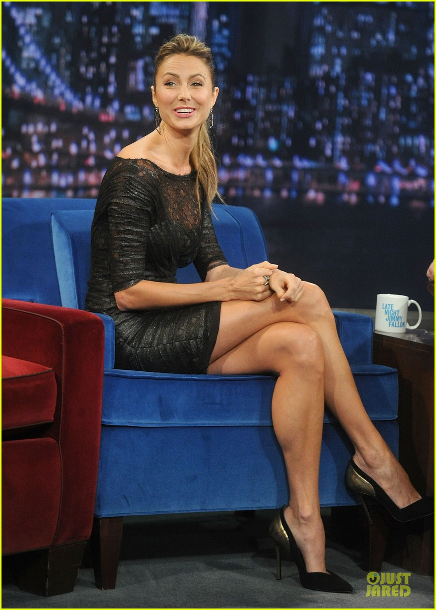 stacy keibler joins jesse the rippers on fallon 14