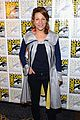minka kelly michael ealy almost human at comic con 16