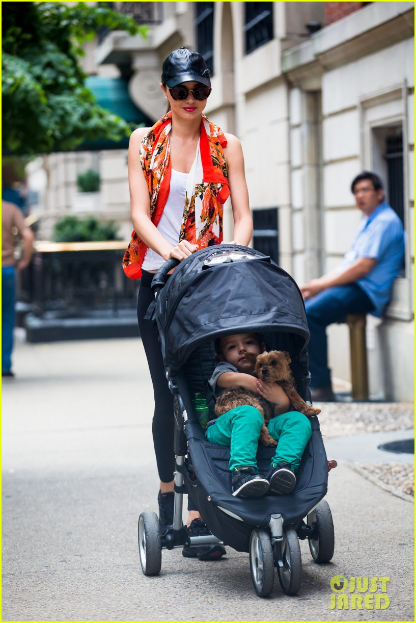 miranda kerr central park morning with flynn frankie 06