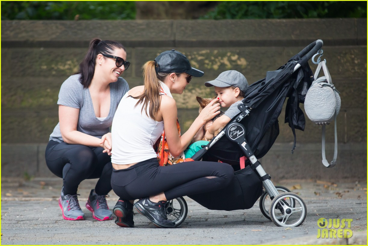 miranda kerr central park morning with flynn frankie 162917484