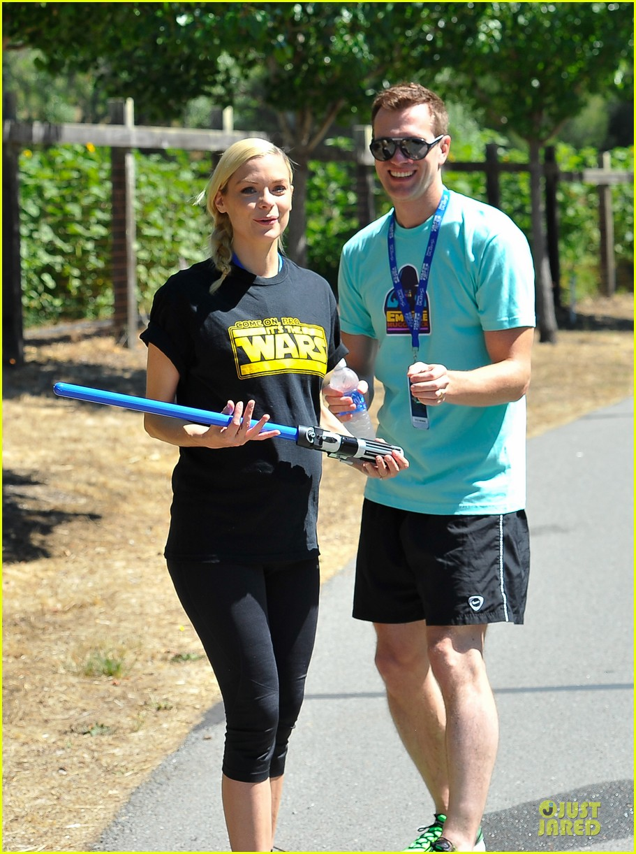jaime king kyle newman course of the force relay 022906947