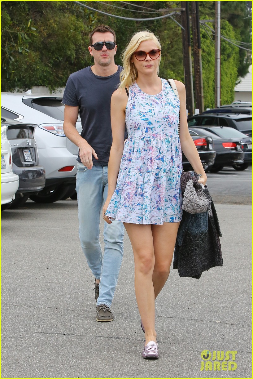 pregnant jaime king a voltre sante brunch with kyle newman 19