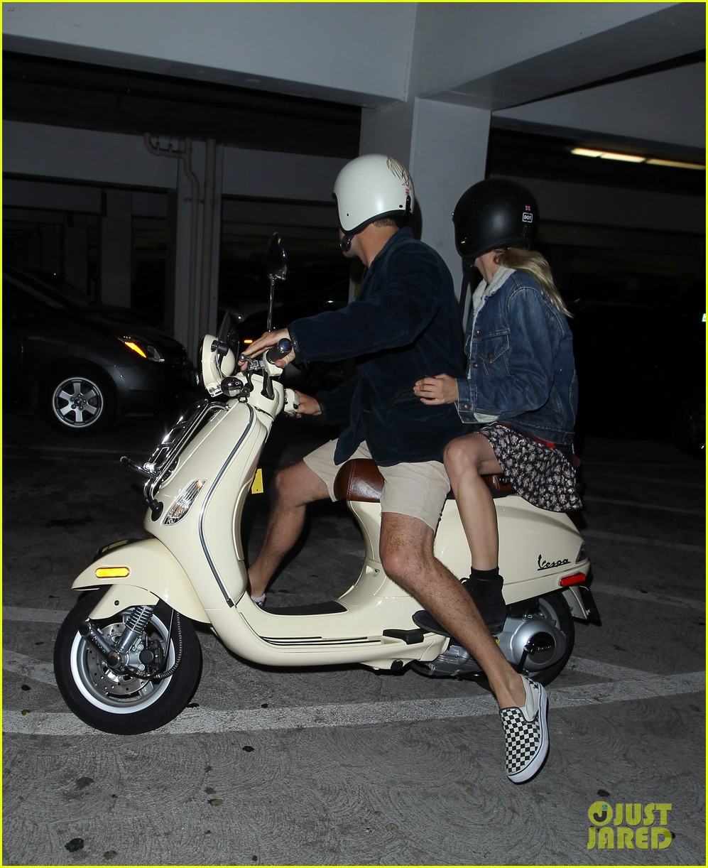diane kruger joshua jackson vespa duo after movie date 08