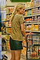 diane kruger joshua jackson white wine fruit shoppers 14