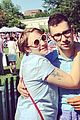 lena dunham jack antonoff hold hands on independence day 05