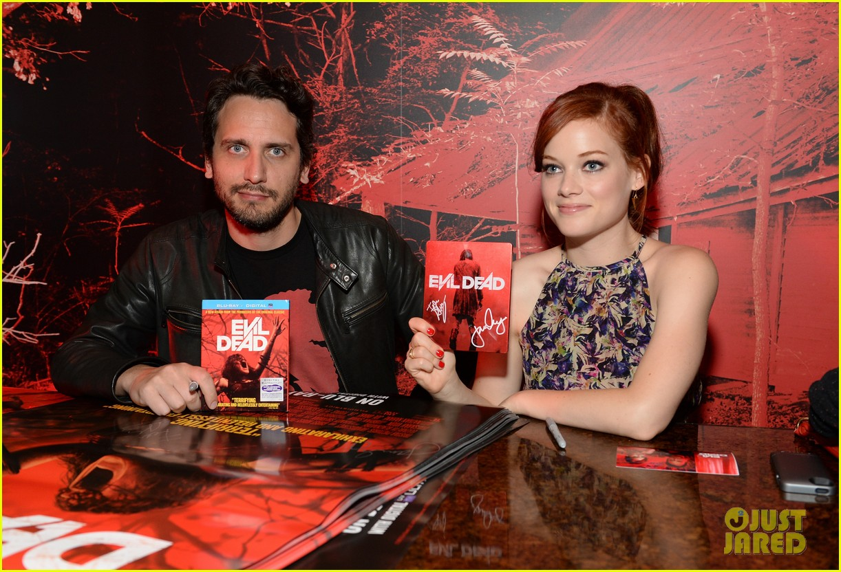 jane levy evil dead blu ray fan party at comic con 2013 04