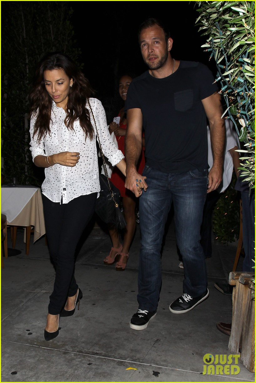 eva longoria ernesto aguello argo dinner after house hunting 062916967