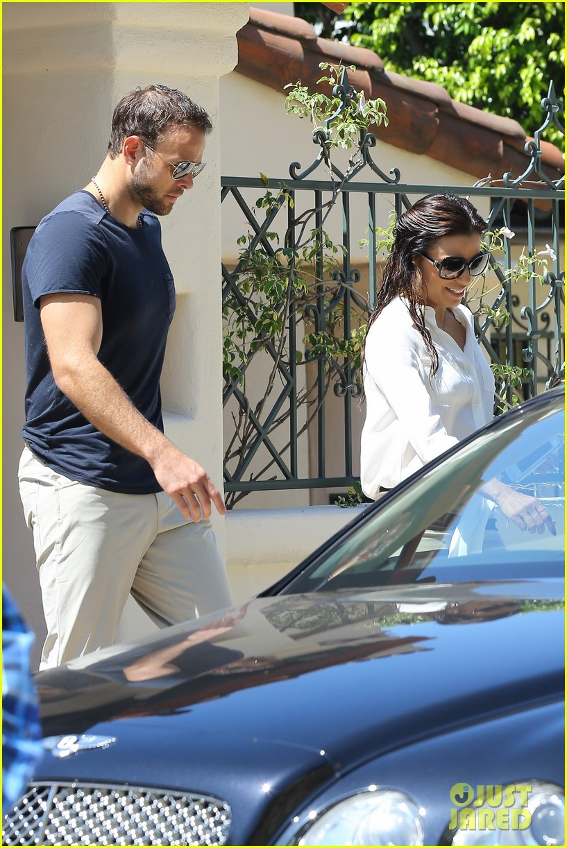 eva longoria ernesto aguello argo dinner after house hunting 342916995