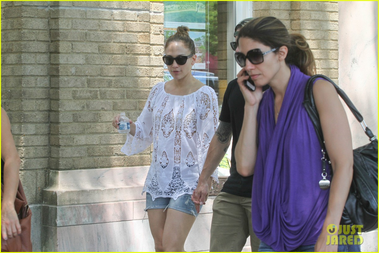jennifer lopez casper smart hamptons weekend trip 132914566