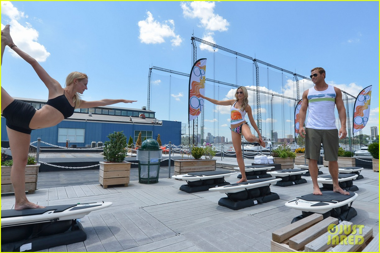 kellan lutz katrina bowden ops surf for life event hosts 16