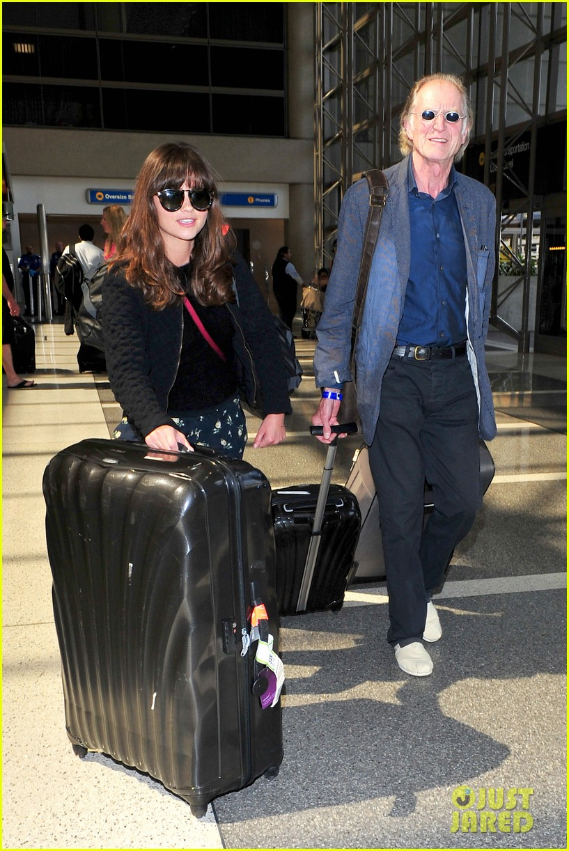richard madden jenna coleman lots of luggage at lax 042917821