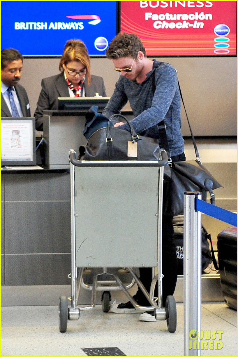 richard madden jenna coleman lots of luggage at lax 262917843