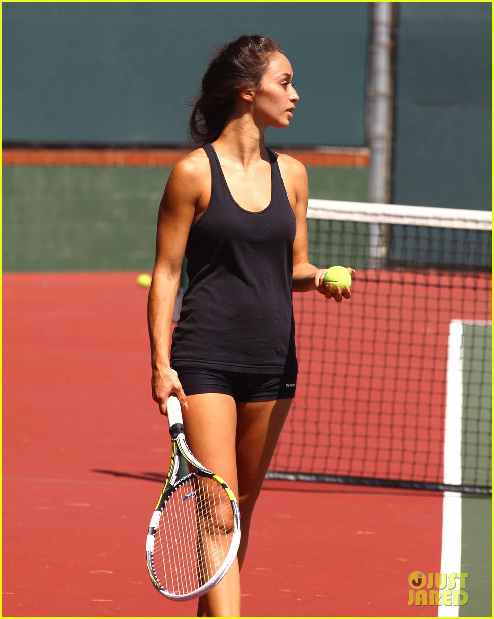 jesse metcalfe shirtless tennis playing with cara santana 152908072