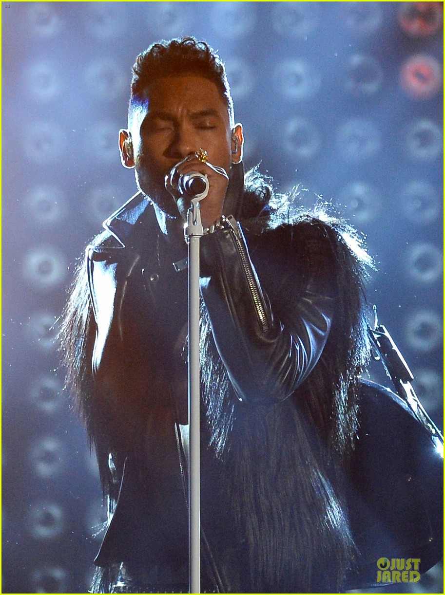 miguel kendrick lamar bet awards 2013 performances video 102901781