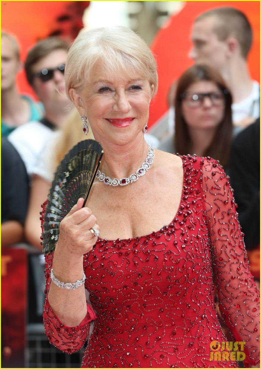 helen mirren bruce willis red 2 london premiere 08