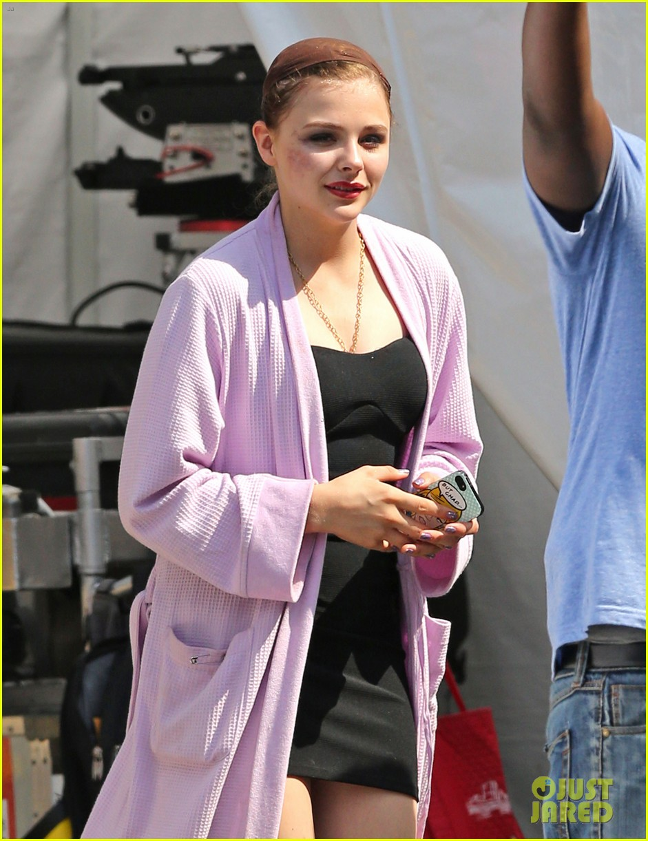 chloe moretz wears multi colored wig for equalizer filming 102912071