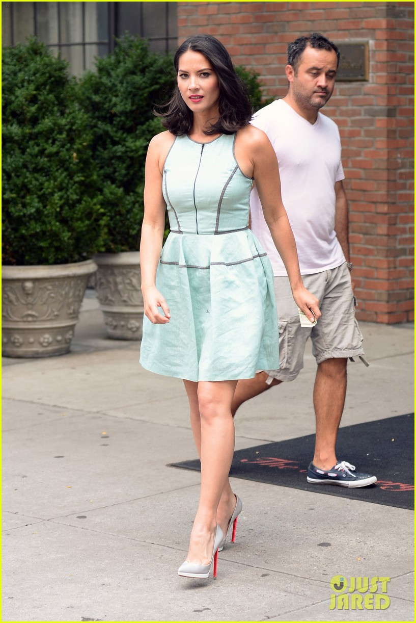 olivia munn live with kelly michael appearance 07