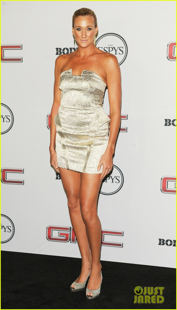 chad michael murray gabrielle union espn body issue party 052910733